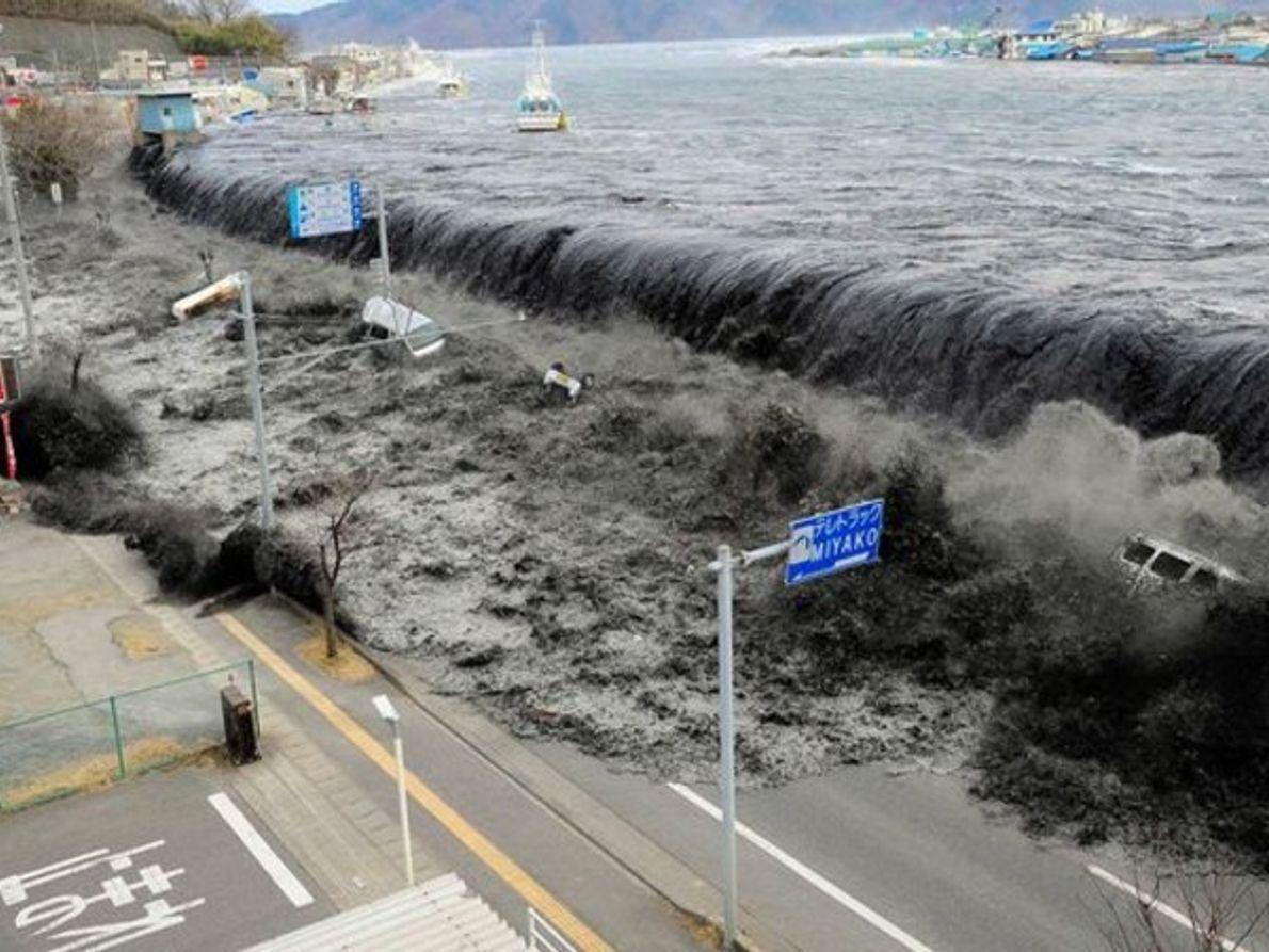 Las 20 imágenes más impactantes de la catástrofe de Japón