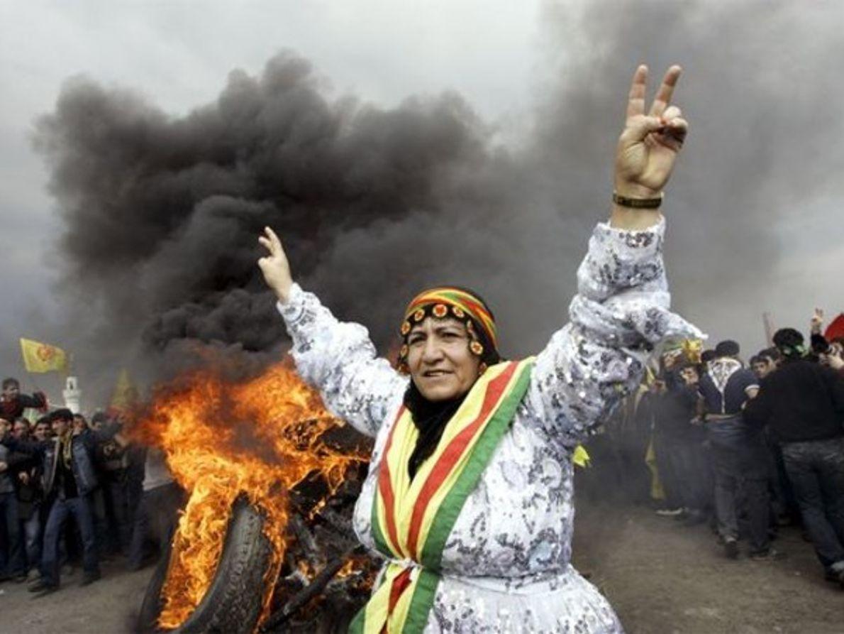 Kurdos turcos celebrando la primavera