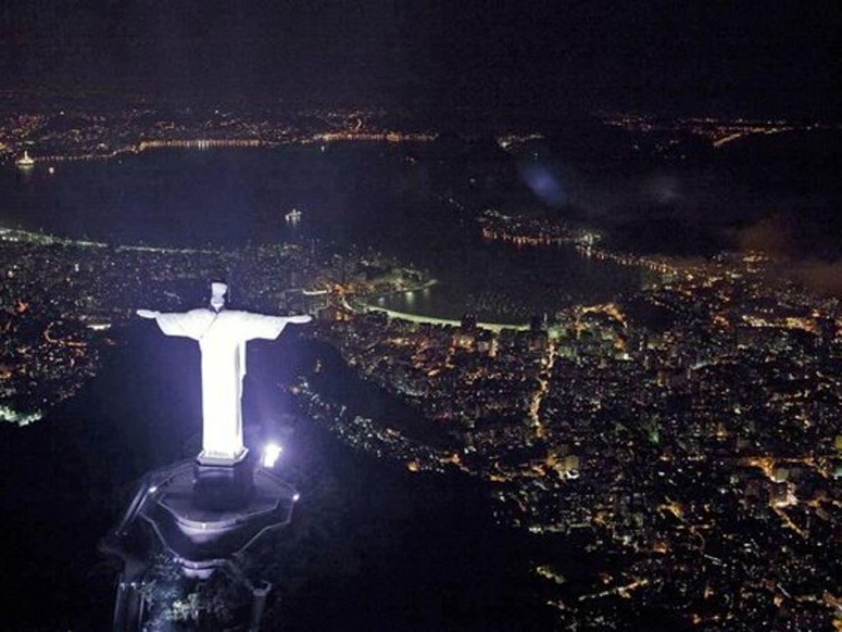 Río antes de la Hora del planeta