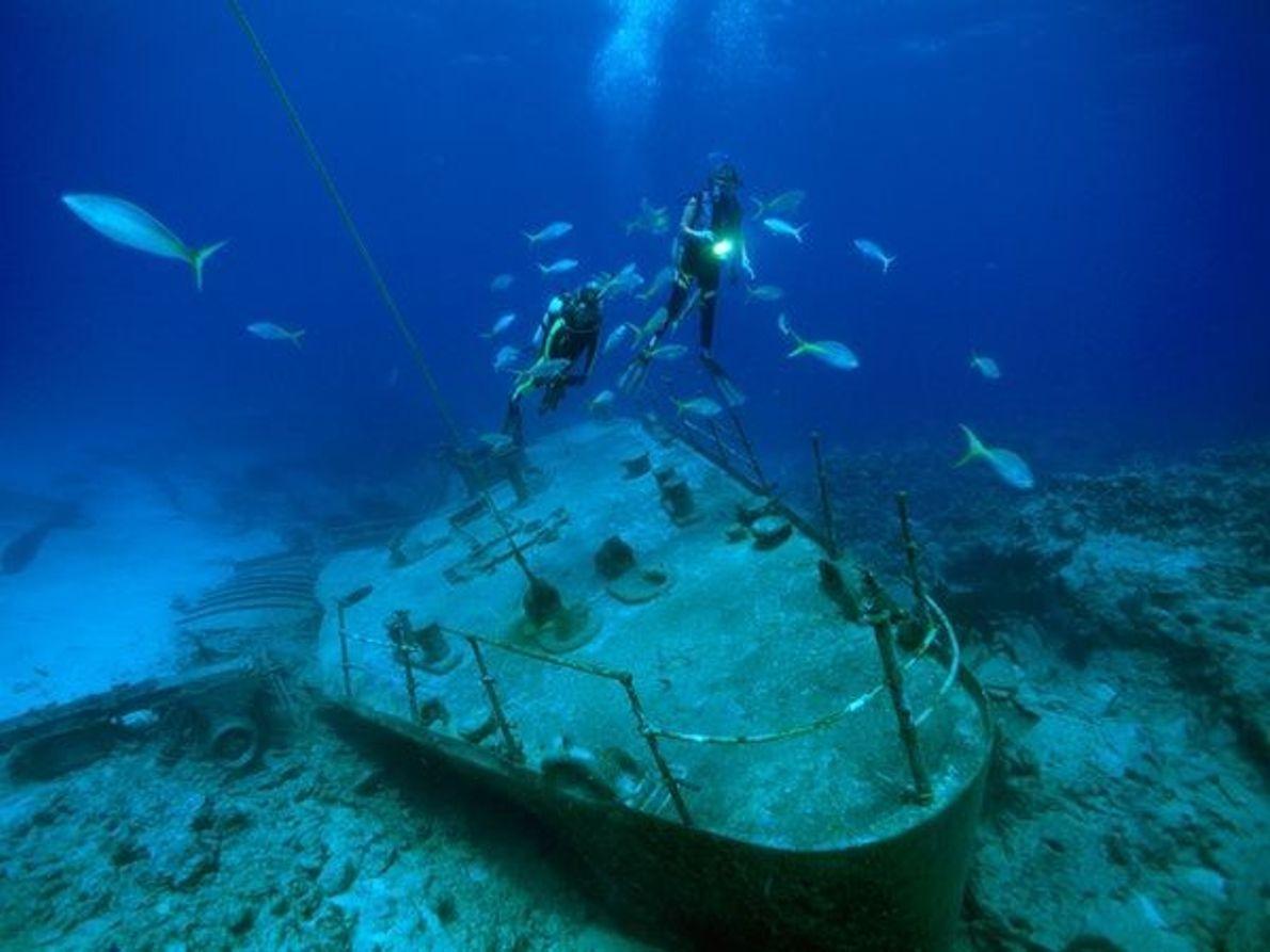 2.Restos en las Islas Caimán