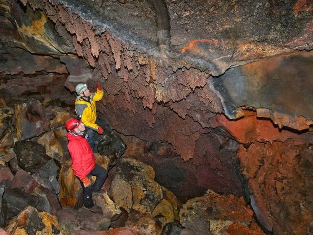 Primera expedición al interior de un volcán