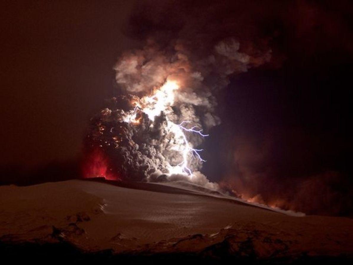 Primer aniversario de la erupción del volcán islandés Eyjafjallajökul