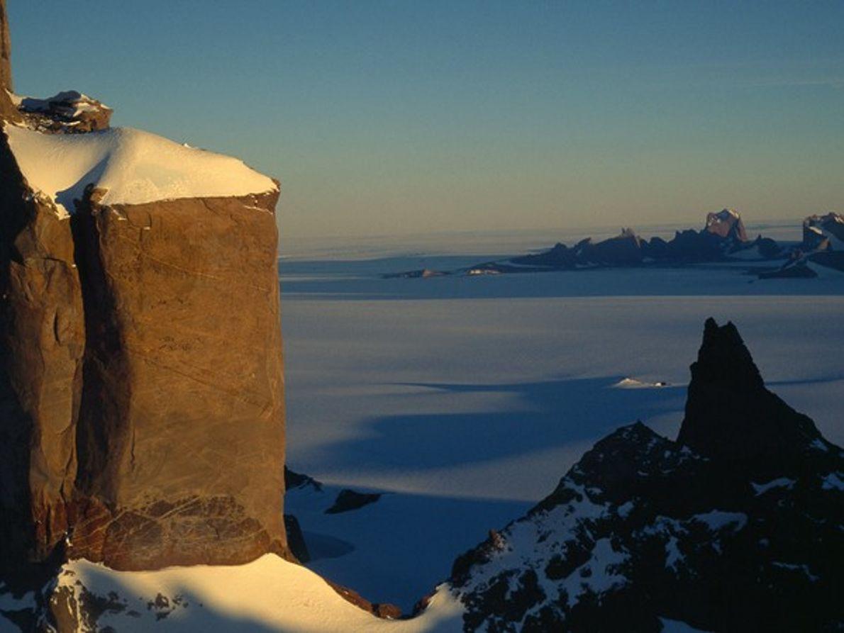 Tierra de la Reina Maud (Antártida)