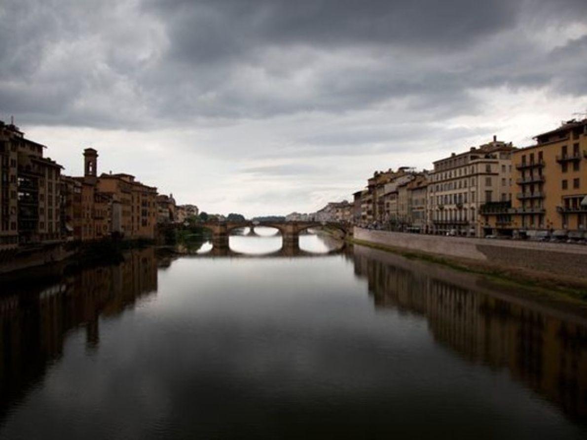 Puente Santa Trinita en Florencia, Italia.