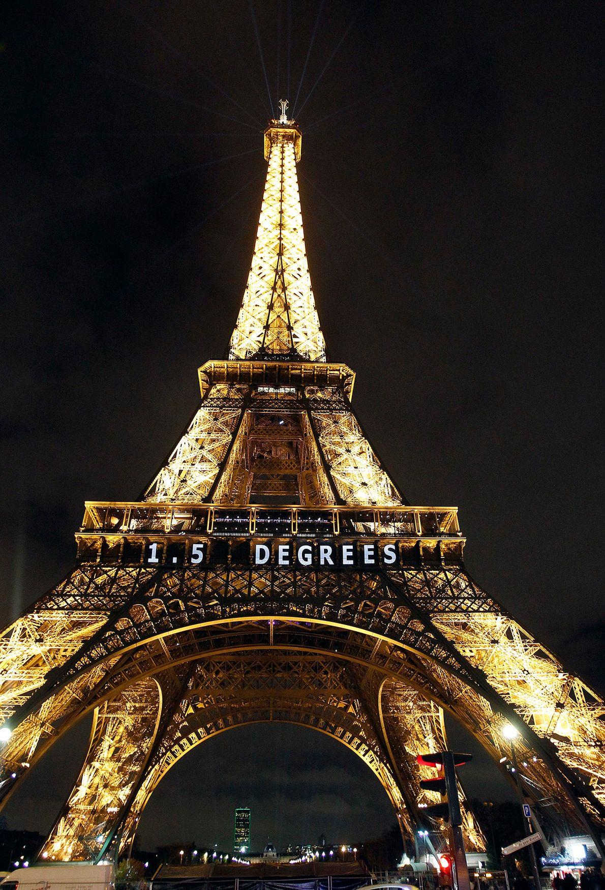 1,5 grados sobre la Torre Eiffel