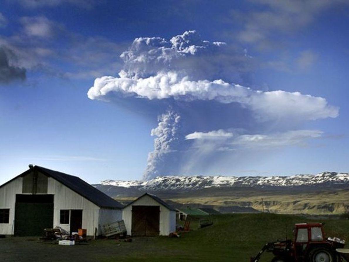 Estalla un nuevo volcán en Islandia