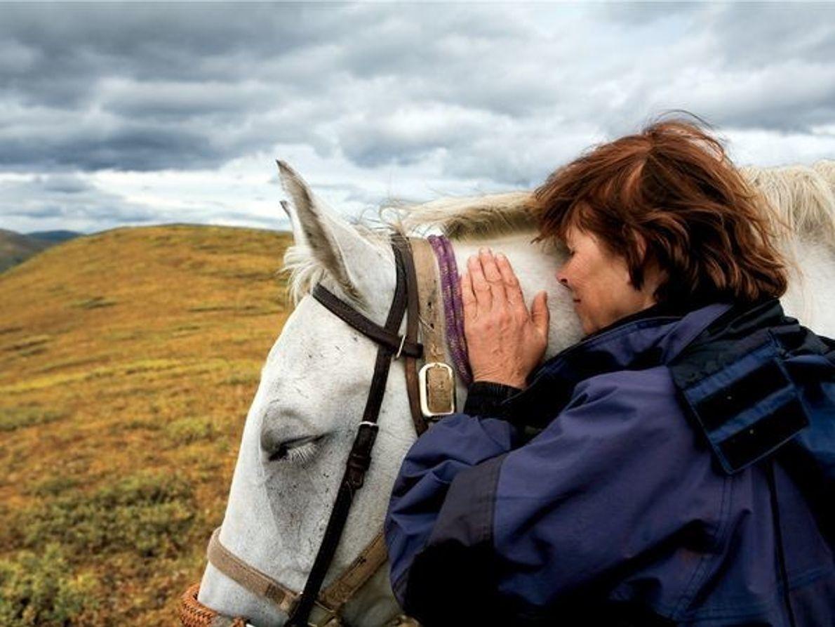 La mujer y el caballo, Canadá