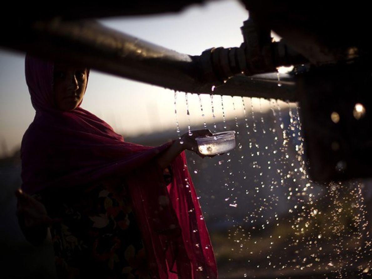 Casi 900 millones de personas aún no tiene acceso a agua potable