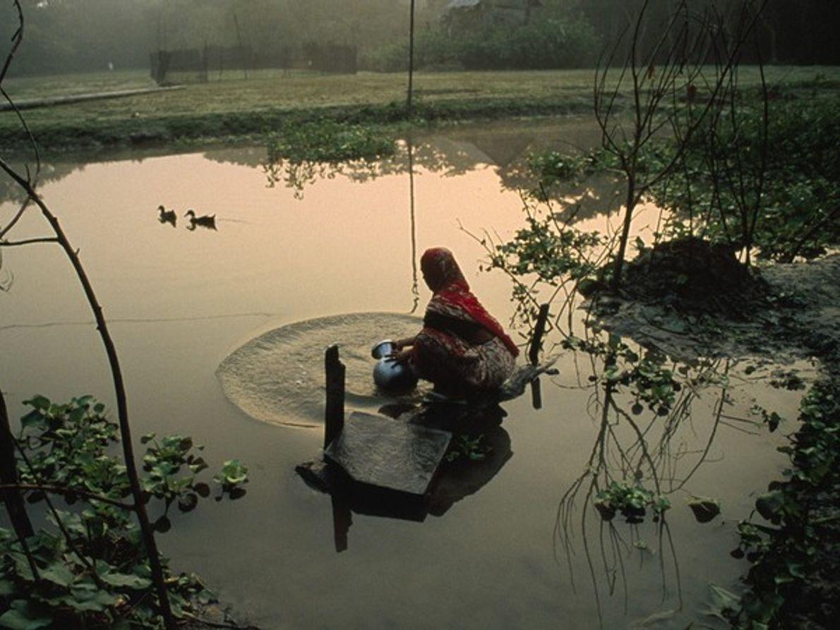 Acopio de agua (Bangladesh)