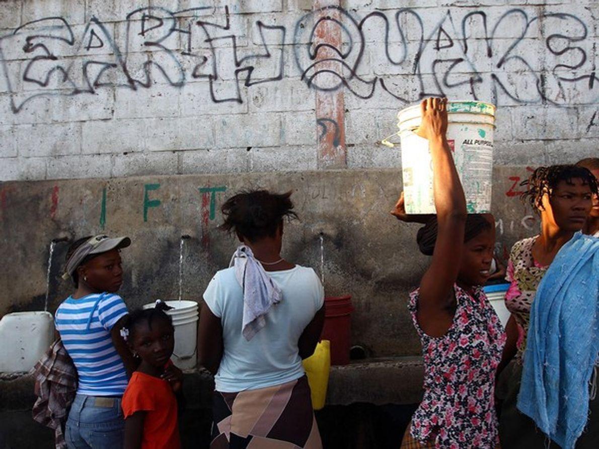 Acopio de agua (Haití)