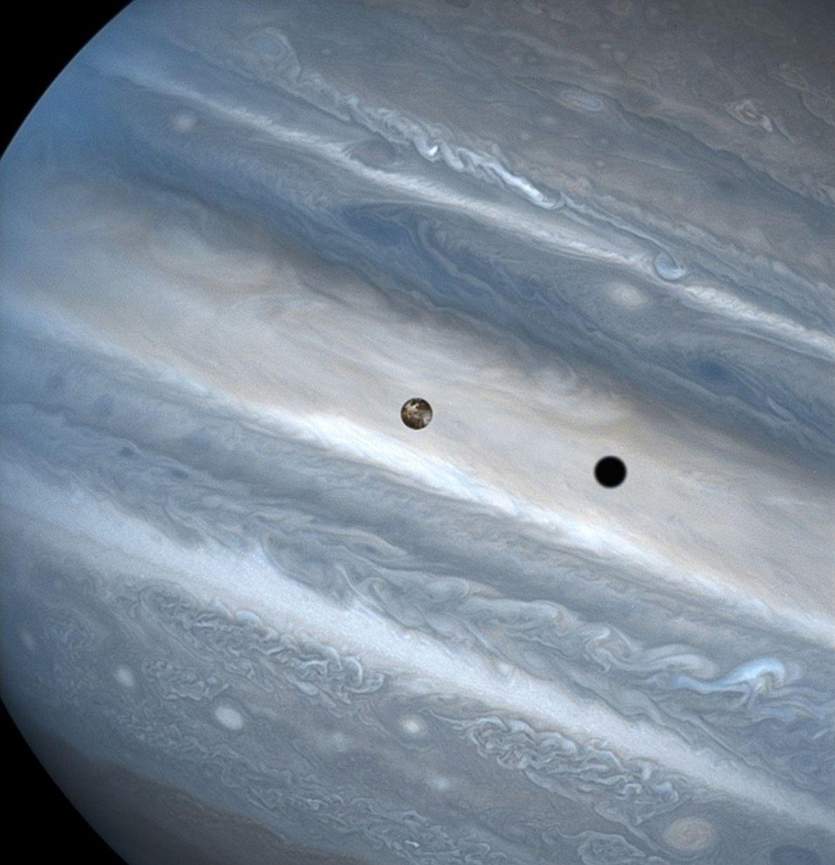 Ío y Júpiter
