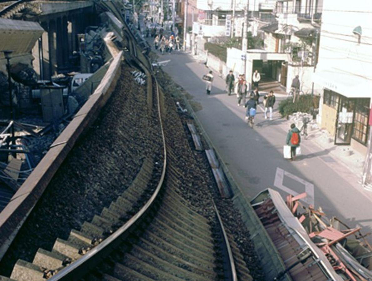Ferrovías retorcidas (Japón)