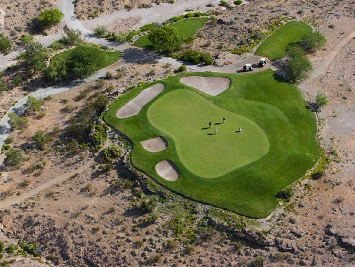 Campo de golf en el desierto