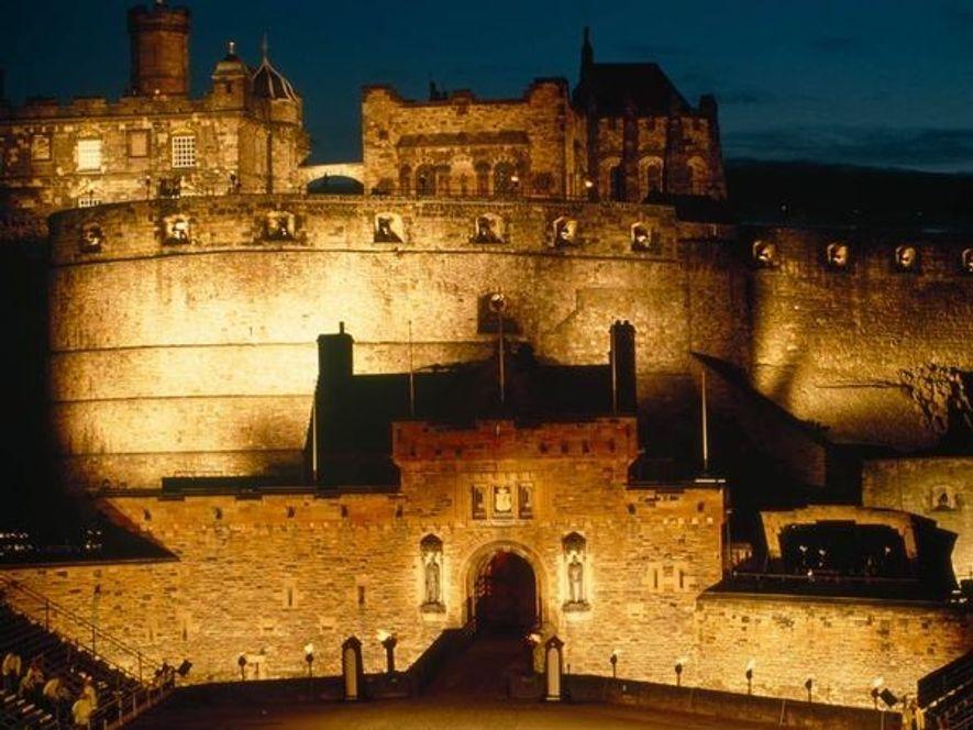 El Castle Rock fue uno de los primeros que sirvieron como fortaleza estratégica en el 850 …