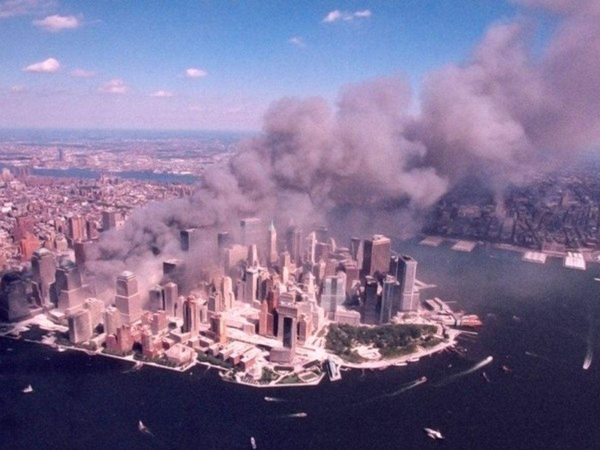 Vista aérea del atentado 11S