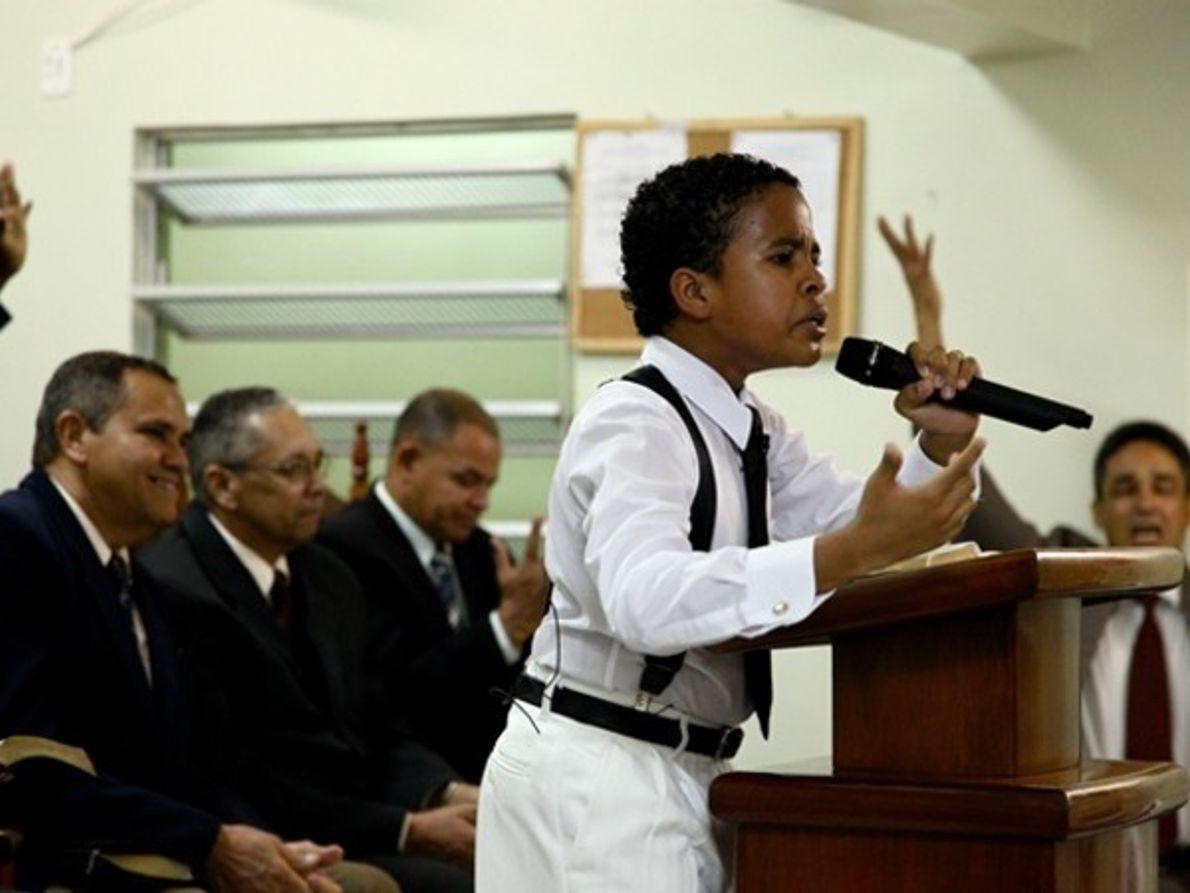 Niños predicadores