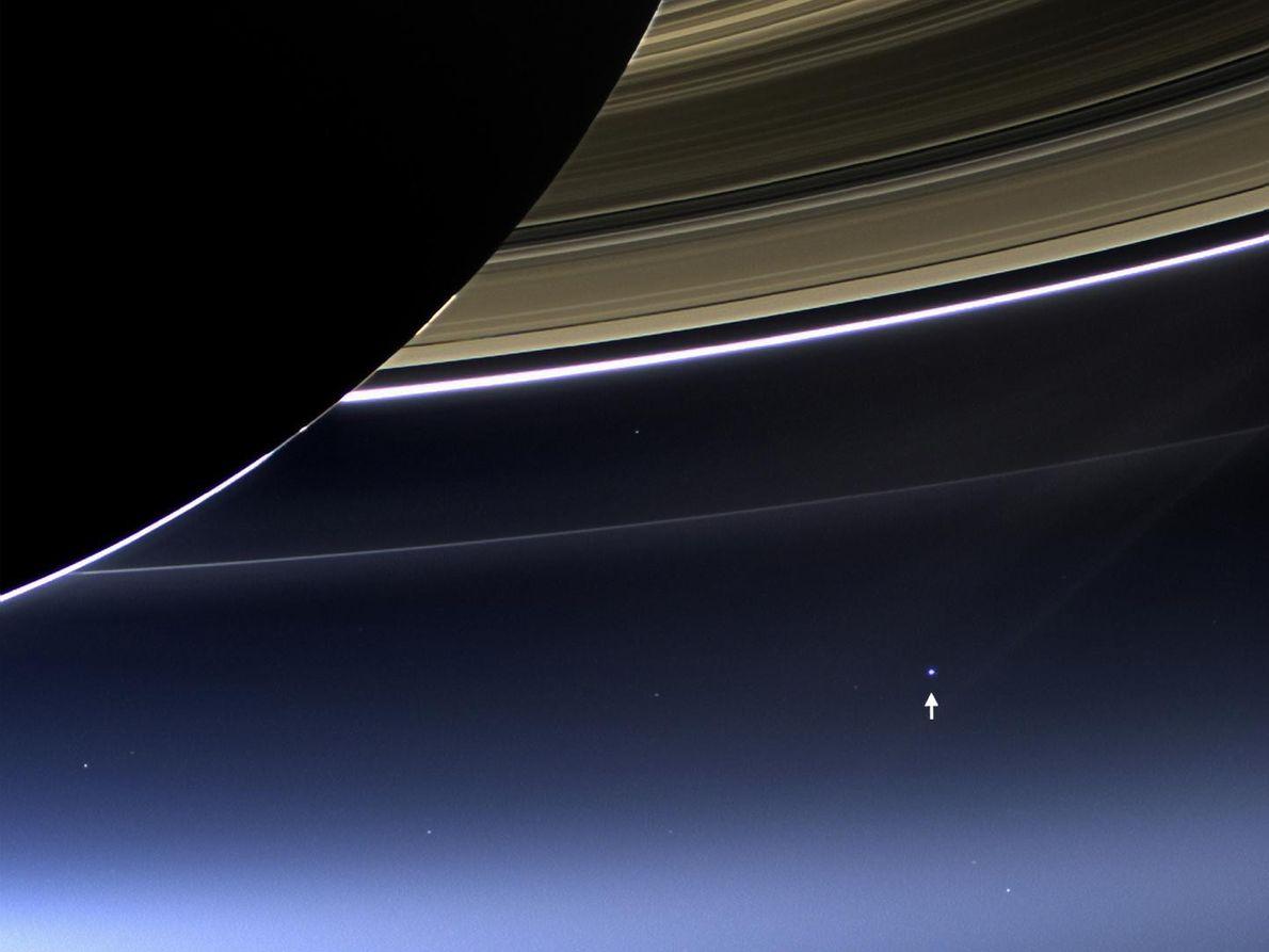 Imagen de la Tierra desde Saturno tomada por Cassini