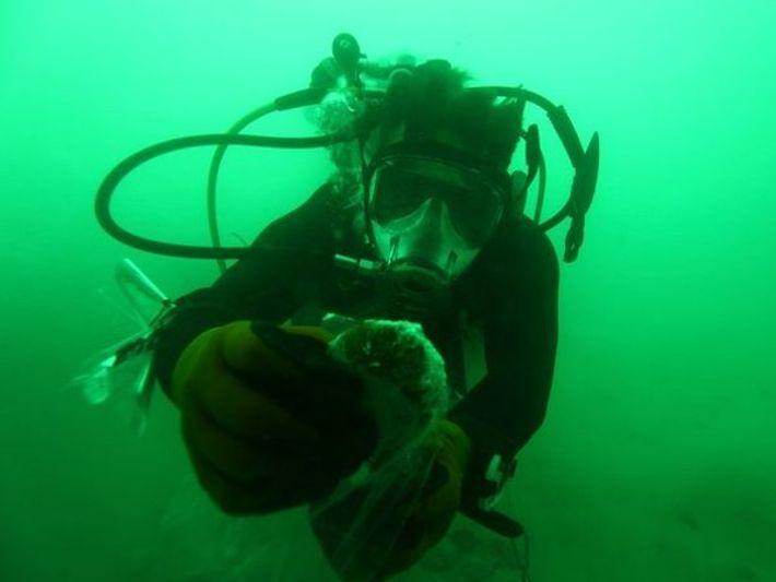 Submarinista en el Mar Muerto