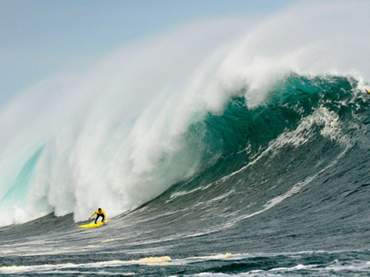 Surf de olas grandes, Punta de Lobos, Chile