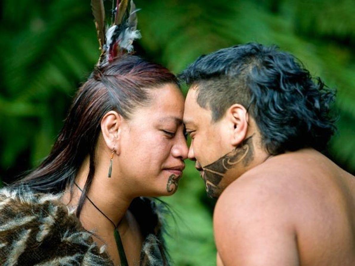 Saludo maorí