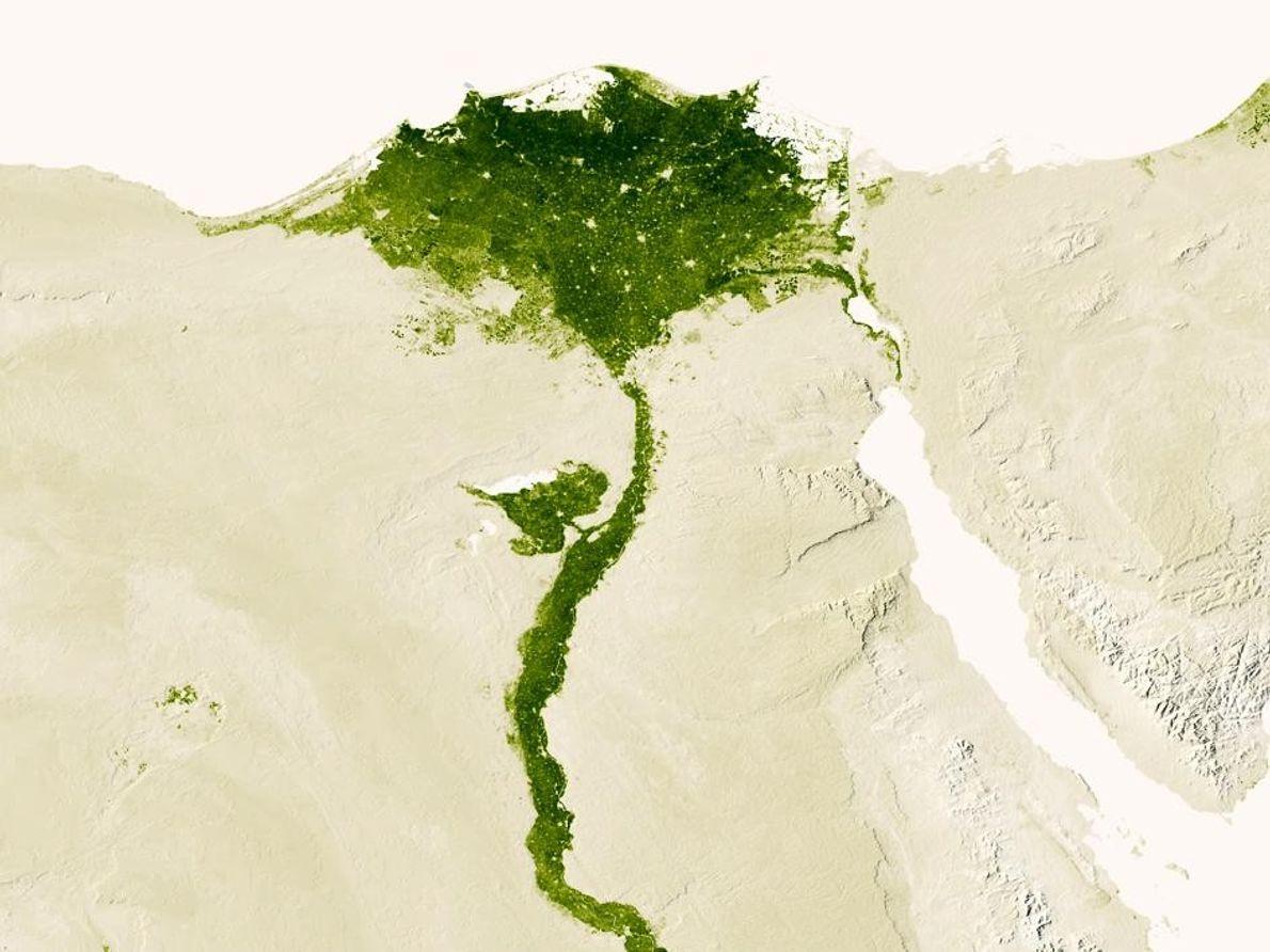 Una vista celeste del río a través de Egipto en una imagen de satélite creada a …