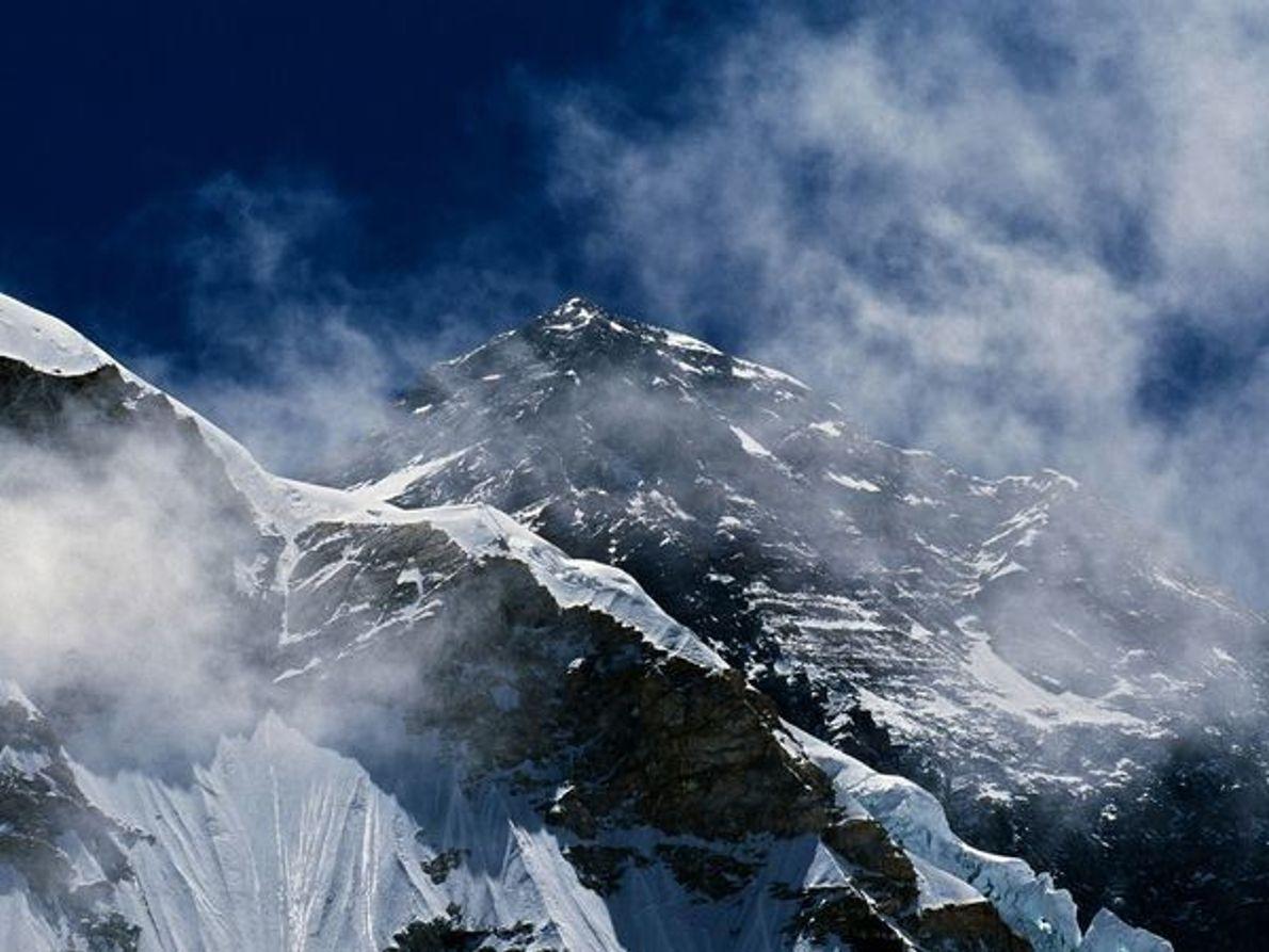 Monte Everest por la mañana
