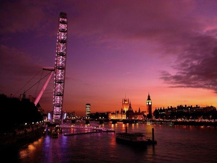 Bond Street es el hogar de las tiendas más elegantes y caras de Londres. Encontrarás tiendas ...