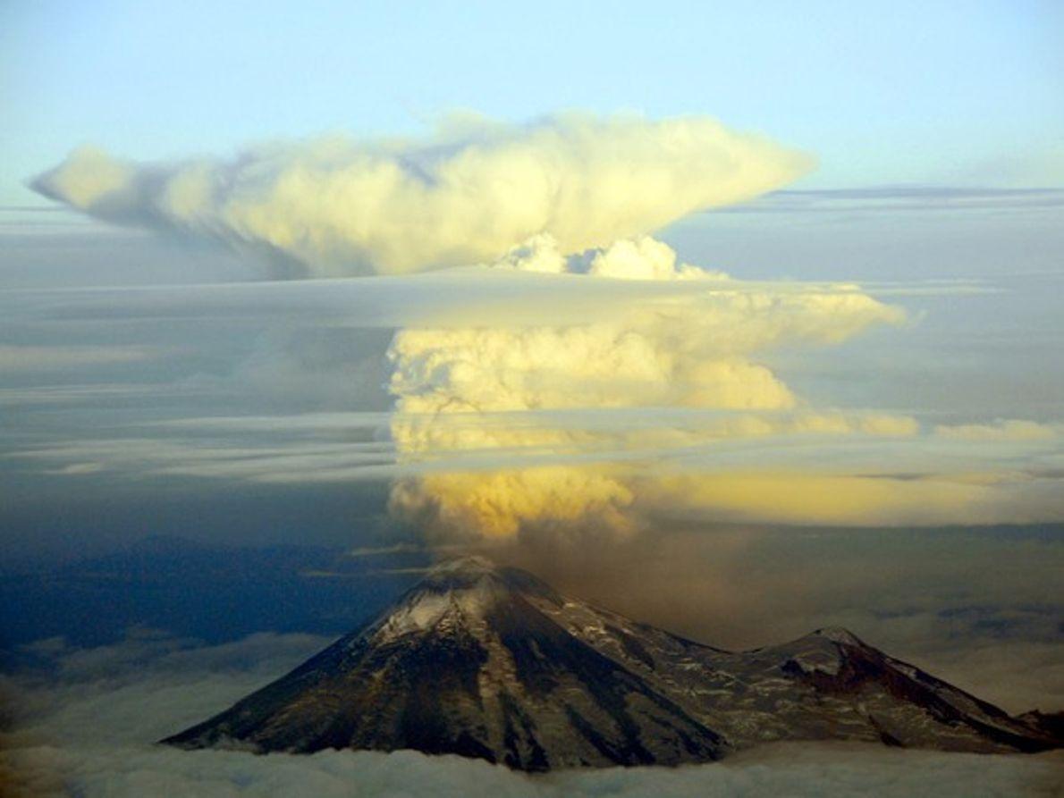 Volcán Pavlof, Alaska