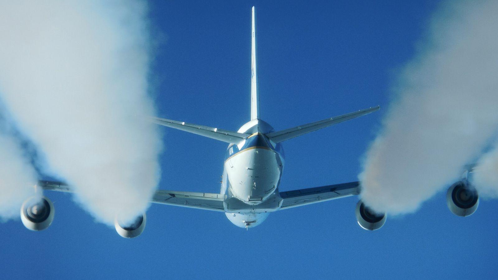 Fotografía de un avión