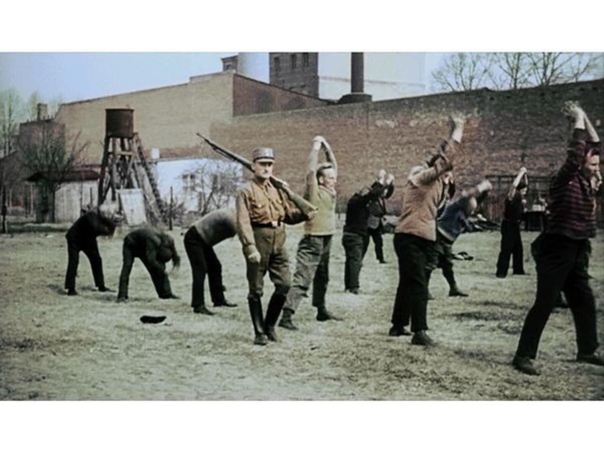 Los campos de concentración  Foto cortesía CC & C / Bundesarchiv Filmarchiv  1933: campo ...