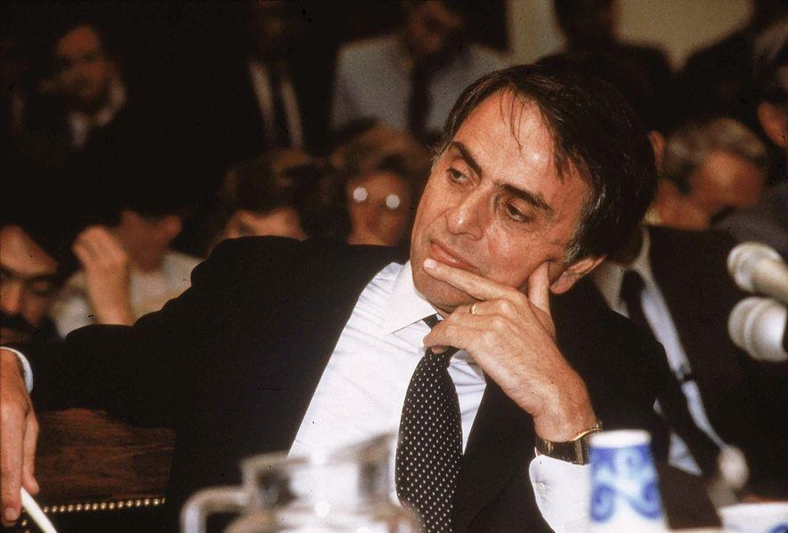 Sagan hizo una ponencia en el congreso sobre los efectos de la energía nuclear en 1985