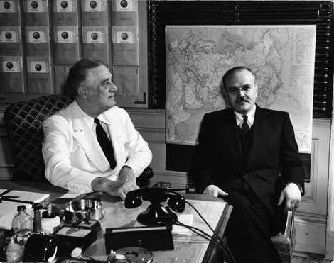 Grosvenor envió al presidente estadounidense Franklin Delano Roosevelt varios mapas cuando Estados Unidos entró en la ...