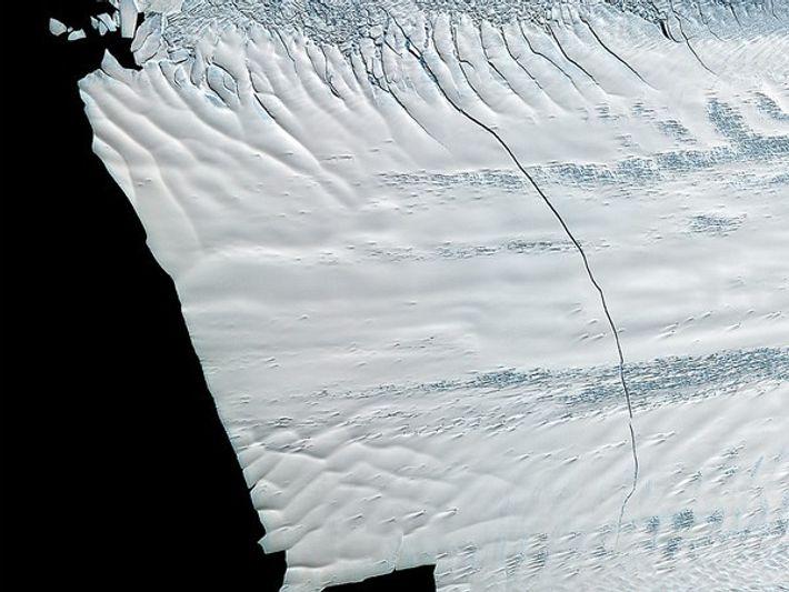 La ruptura de un glaciar de la Antártida va a crear un iceberg del tamaño de ...