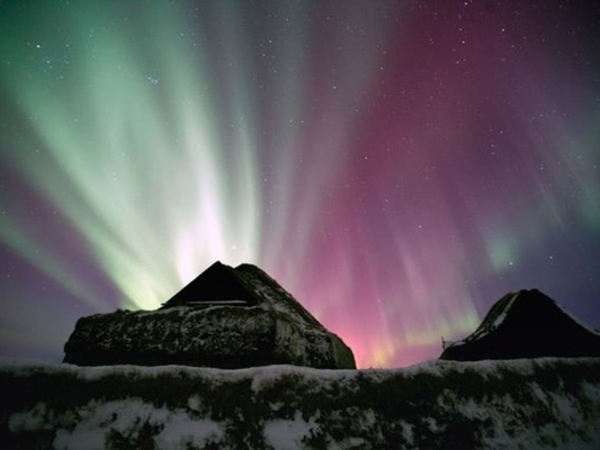 La aurora sobre Islandia