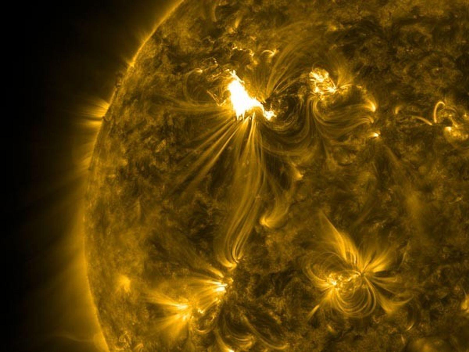 Una débil tormenta solar