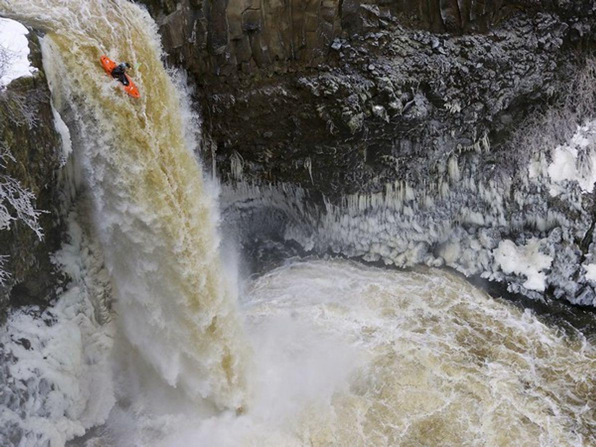 Kayaker, Niágara