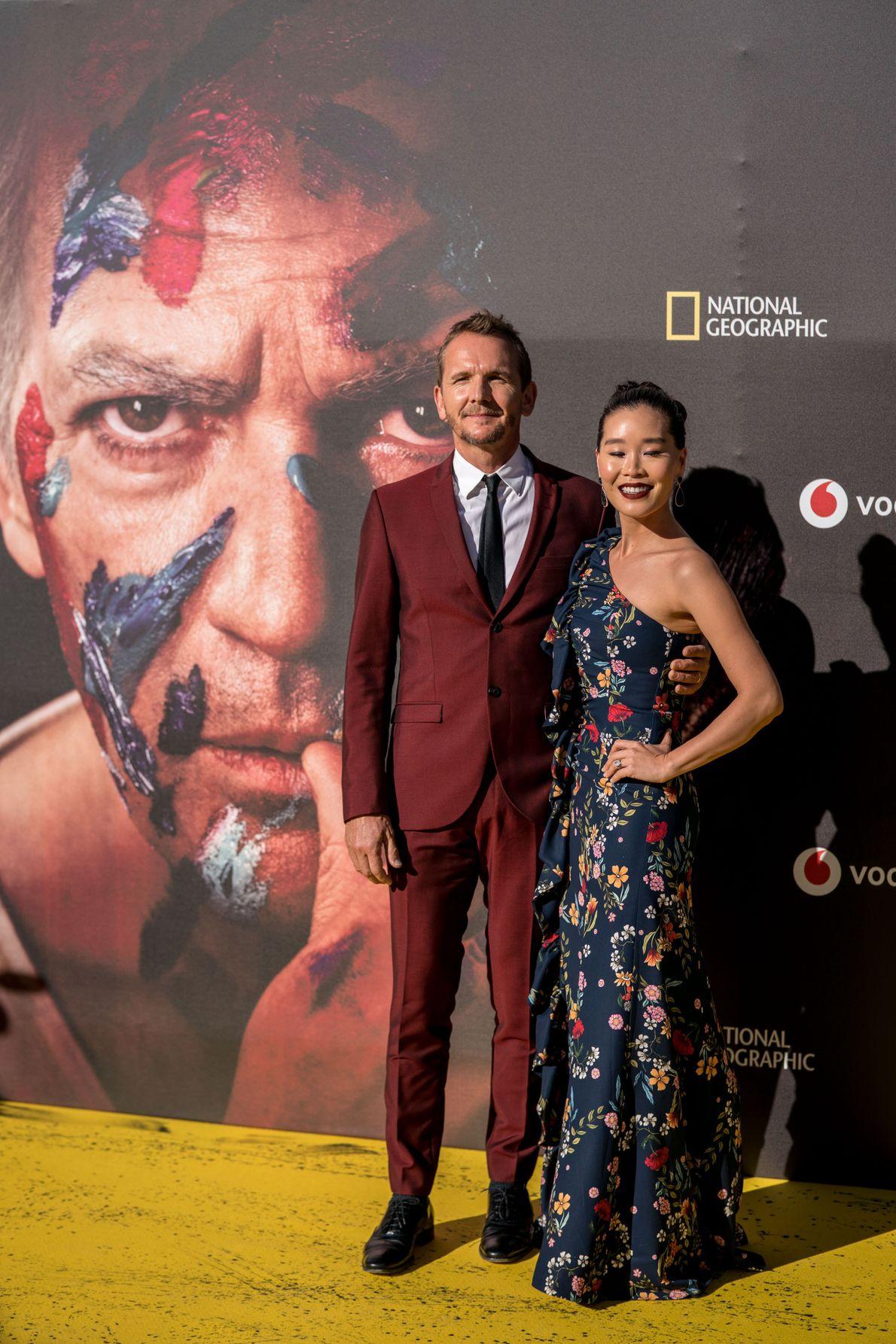 Sebastian Roché y su pareja