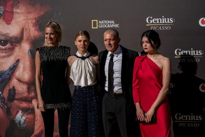Poppy Delevingne, Clémence Poésy, Antonio Banderas y Samantha Colley