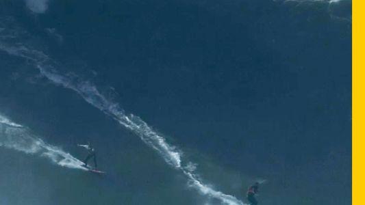 VÍDEO: Carlos burle y Rodrigo Koxa surfean juntos una ola gigante en Nazaré