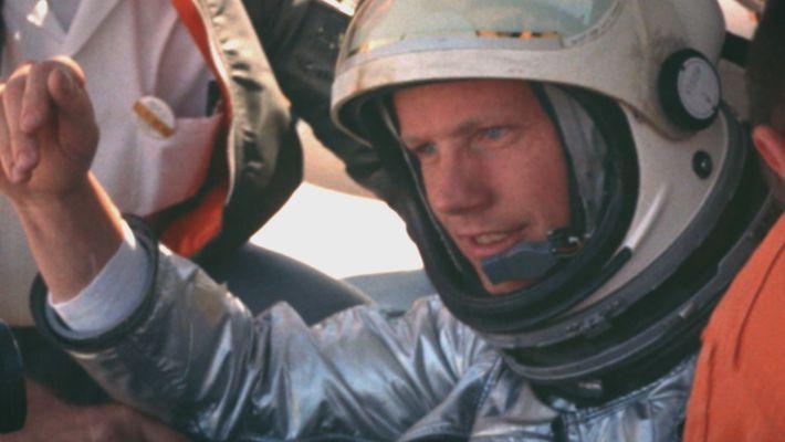 Apolo Armstrong el primer hombre sobre la Luna