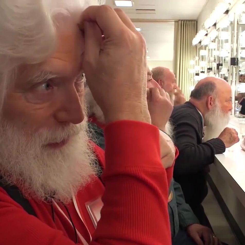 ¿Cómo te conviertes en Papá Noel? ¡Yendo a esta escuela!