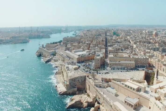 Vistas de la histórica isla de Malta.