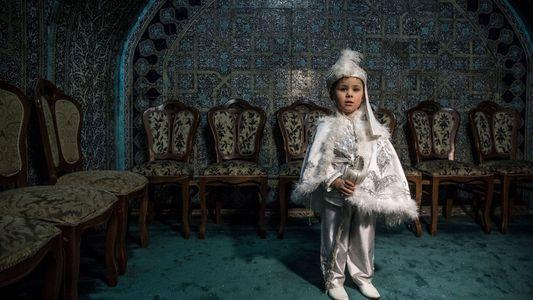 John Stanmeyer nos muestra el rito uzbeko de circuncisión