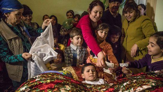 Beknur Bakhtiarov, de 5 años