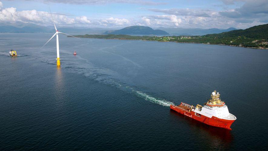 El primer parque eólico que se levanta sobre las olas, construido en Escocia