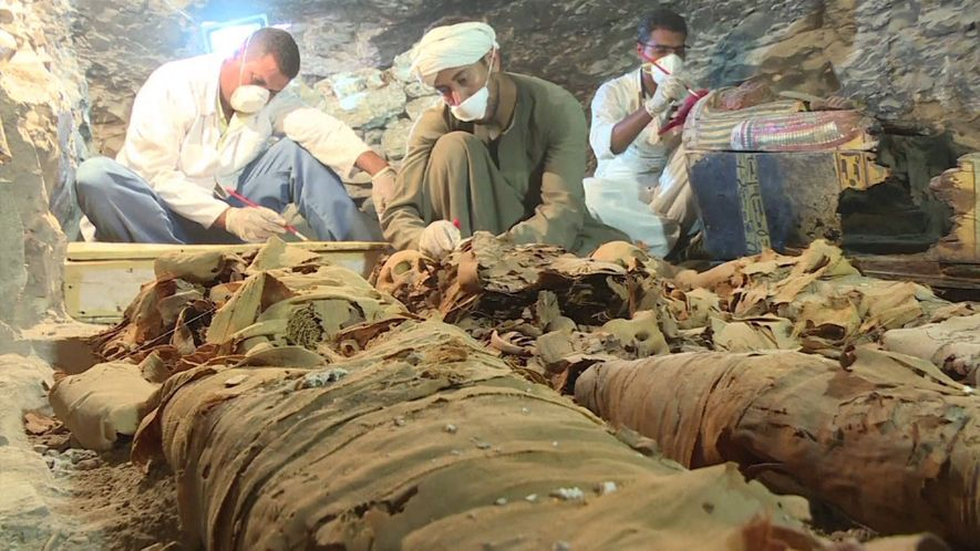 Te ofrecemos las primeras imágenes de una tumba egipcia recién descubierta