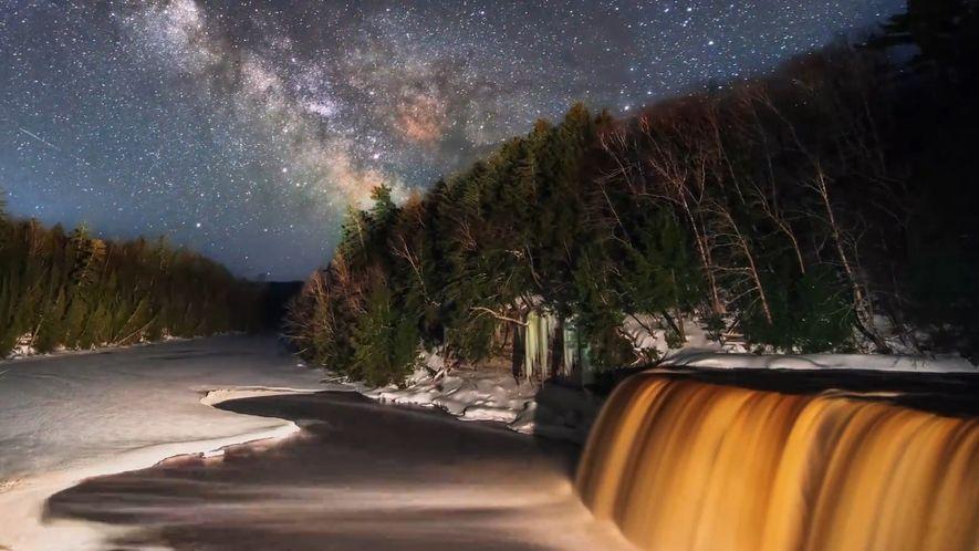 Observa la Vía Láctea en el cielo de Michigan