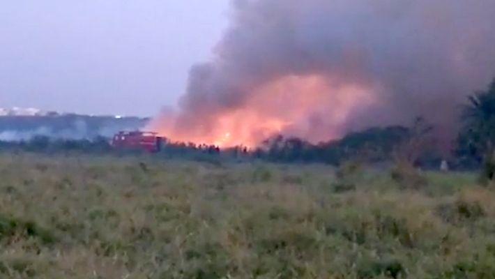 Un lago tóxico se incendia de nuevo en la India