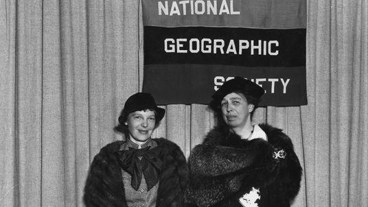 Las 3 principales teorías sobre la desaparición de Amelia Earhart