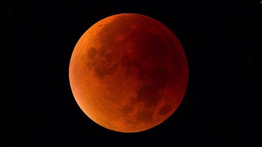 Eclipse lunar 101